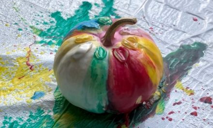 Melted Crayon Pumpkin: Fun No-Carve Pumpkin Decorating Idea