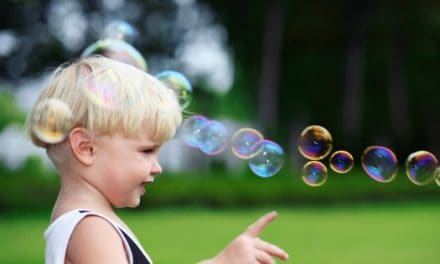 How to Make Homemade Bubble Wands