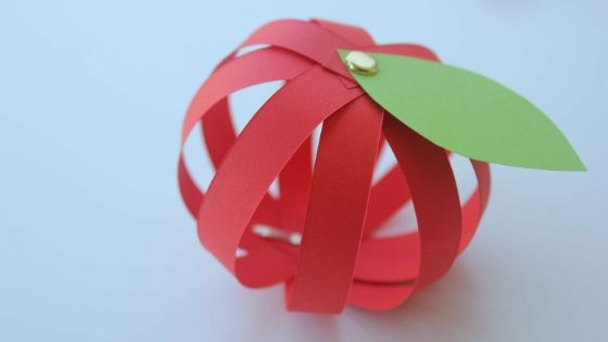 3d-paper-apple-craft