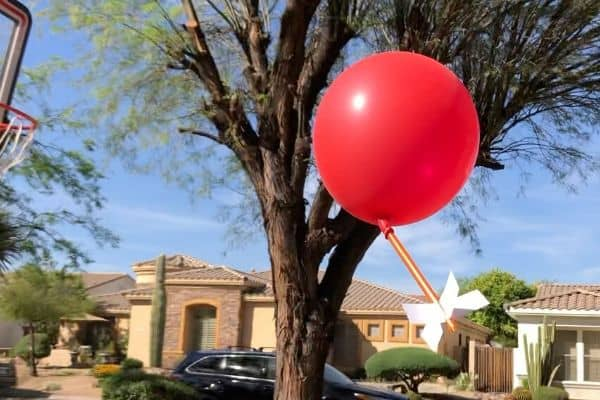Balloon-Rocket-Experiment-Flying-Balloon