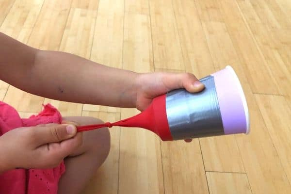 Pom Pom Shooter Cups Pull Back Balloon