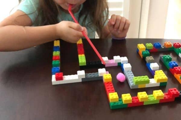 LEGO Maze Blow Pink Pom Pom