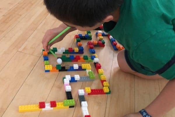 LEGO Maze Blow White Pom Pom Floor