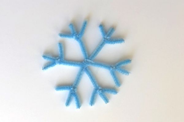 Pipe Cleaner Snowflakes Arms