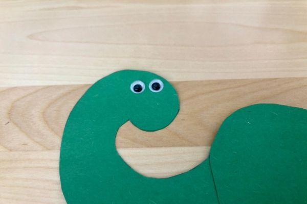 Dinosaur Handprint Craft Eyes