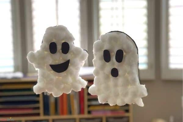 Hanging Puffy Ghosts