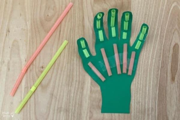 DIY Robot Hand Straws