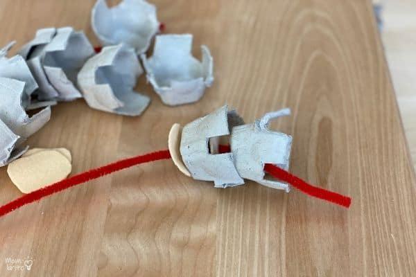 Egg Carton Spine Thread