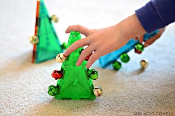 Magna Tile Christmas Tree