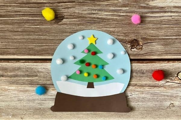 Paper Christmas Tree Snow Globe (4)