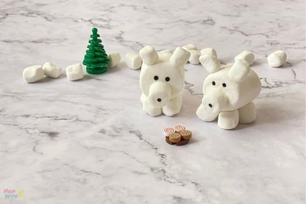 3D Marshmallow Polar Bear Craft (5)