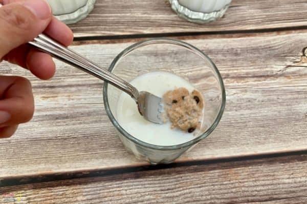 Best Cookies for Santa STEM Activity (3)