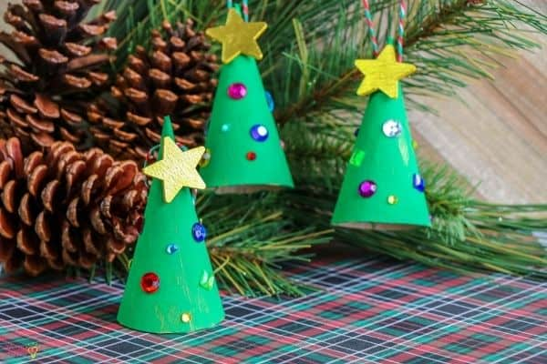 Christmas-Tree-Cone-Ornament-1