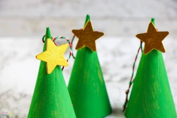 Christmas Tree Cone Ornament Process (4)