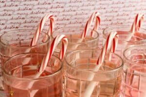 Dissolving Candy Cane Experiment (2)