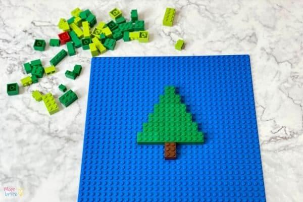 LEGO Christmas Tree (1)