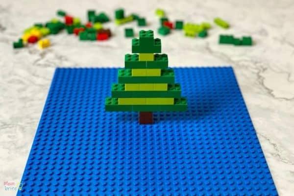 LEGO Christmas Tree (5)