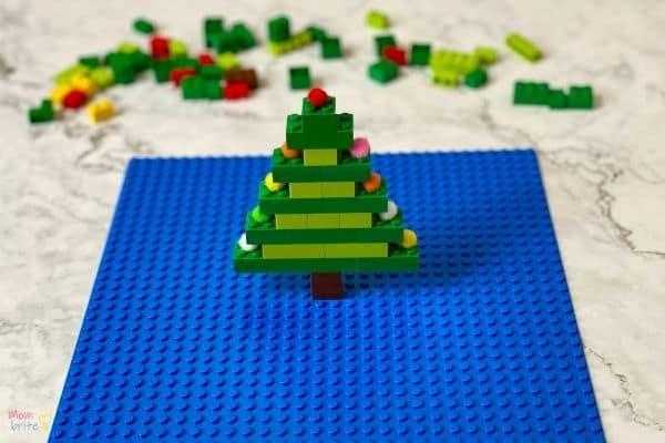 LEGO Christmas Tree (7)