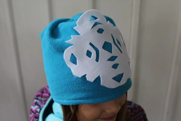 No Sew Snowflake Hat