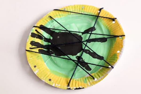 Paper Plate Handprint Spider