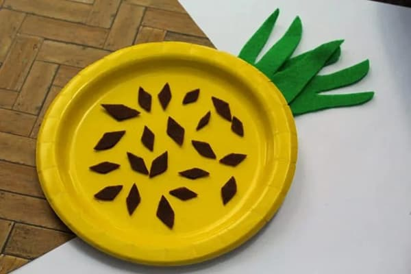 Pineapple Paper Plate Craft