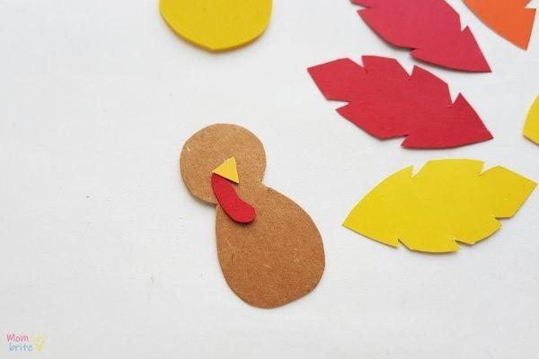 Pinecone Turkey Craft (1)