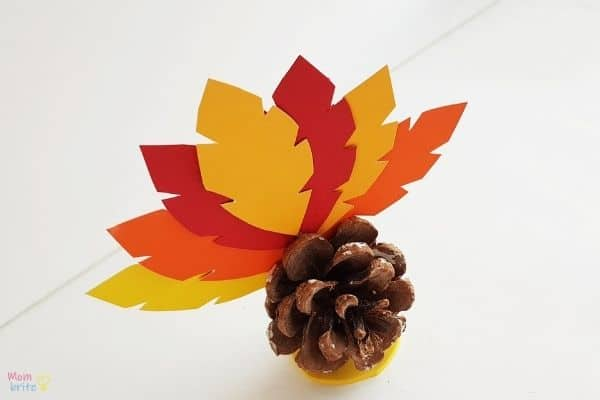 Pinecone Turkey Craft (6)