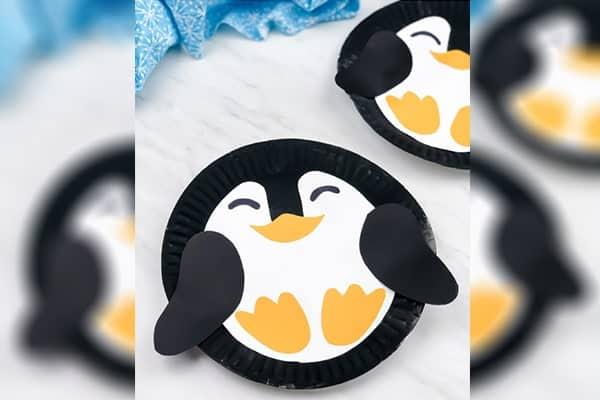 Circle paper plate penguincraft-min