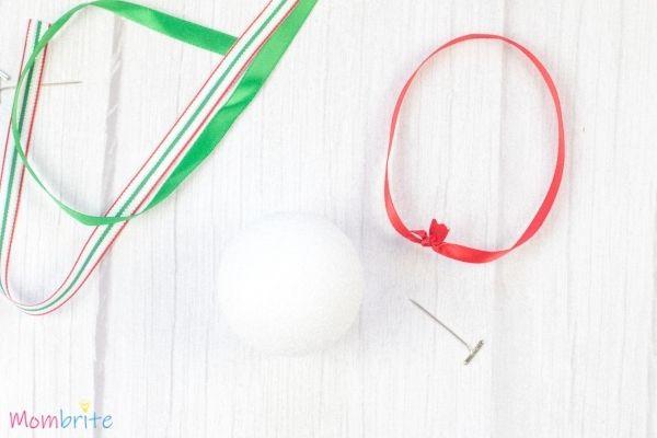Pom-Poms-Ball-Christmas-Ornament-Craft-3