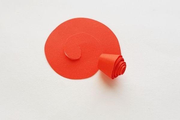 Spiral-Pattern-Paper-Rose-2