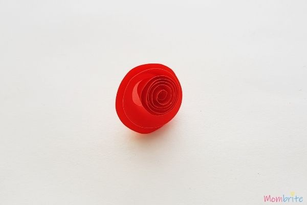 Spiral-Pattern-Paper-Rose-3