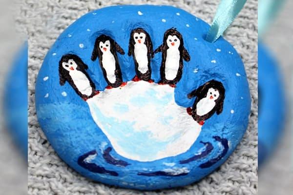 penguin-craft-salt-dough-handprint-ornament-min