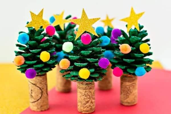pinecone christmas tree craft-min