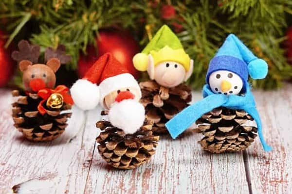 pinecone teddy for christmas craft-min