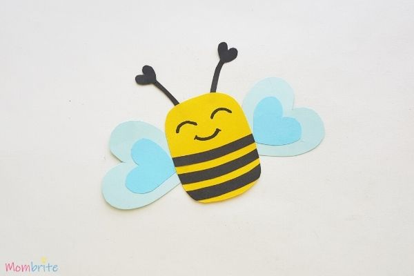 Paper Heart Bee Craft Step 8