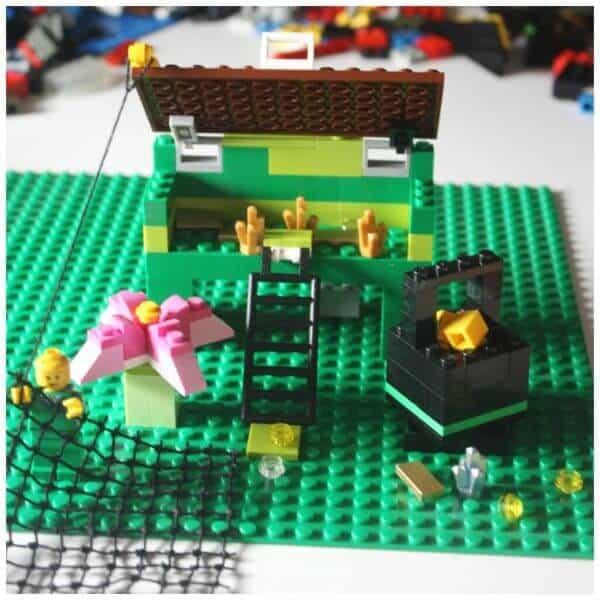 LEGO Leprechaun Trap from