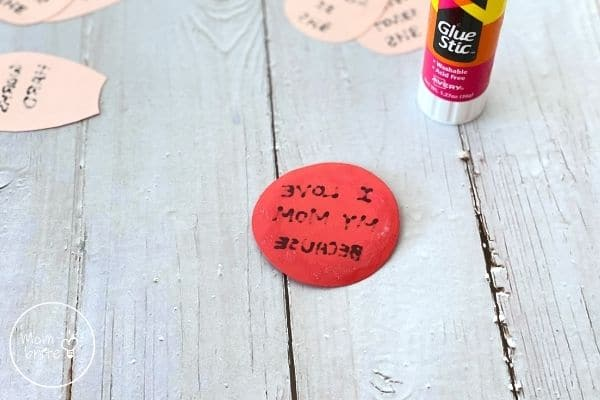 Mother's Day Flower Craft Glue Circle