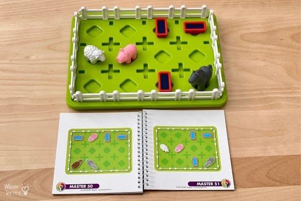SmartGames Smart Farmer Master Challenge Setup