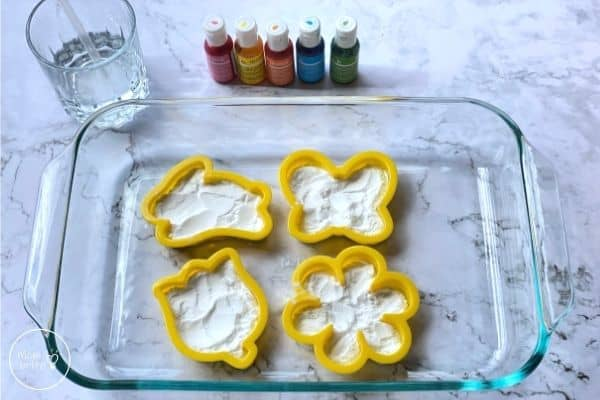 Spring Fizzing Experiment Fill Cookie Cutter with Baking Soda