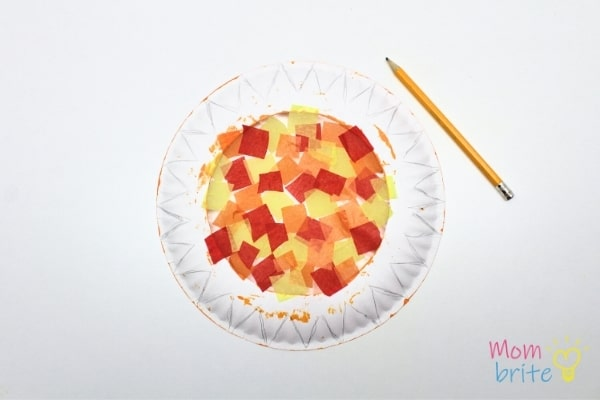 Trace Sun Rays on Paper Plate