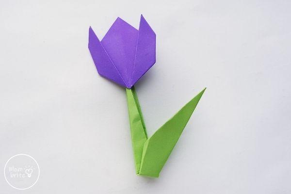 Origami Tulips Attach Flower to Stem