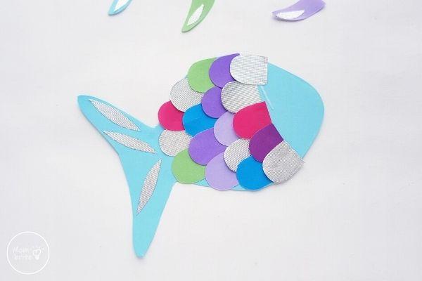 Paper Rainbow Fish Craft Glue Scales on Border