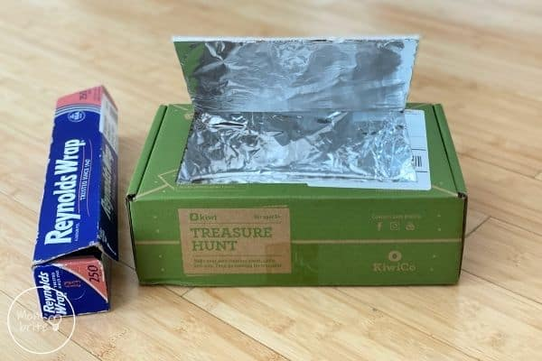 DIY Solar Oven Cover Lid with Foil