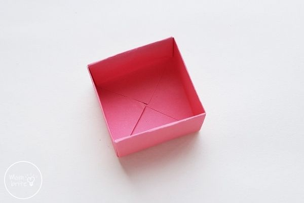 Origami Box with Lid Step 13
