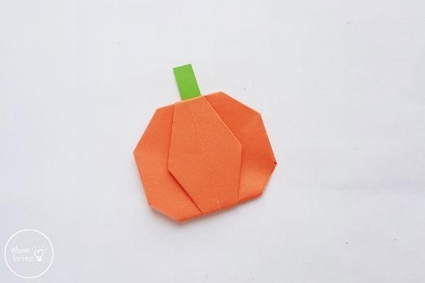 Origami Pumpkin Step 17